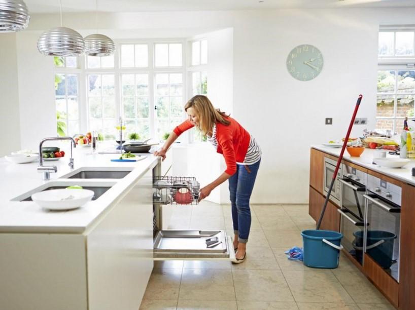 Mẹo nhỏ giúp vệ sinh tủ bếp